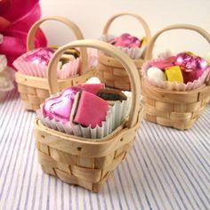 Picnic Basket Centerpiece Ideas | Weddings, Do It Yourself | Wedding Forums | WeddingWire