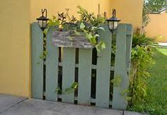 Pallet Private Fence