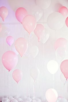 Various pink balloons for a soft pastel party look Pretty Pastel, Pastel Pink, Pastel Colors, Pink Color, Deco Rose, Pink Balloons, Birthday Balloons, Balloon Party, Valentines Balloons