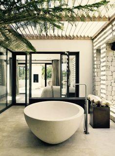 Bathroom. #Quiet
