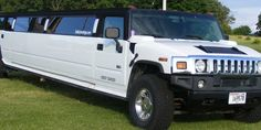 Ride around town in style! The #Dells #LimoKings 22 passenger Hummer features: Full bar and Mini bar Lazer lights and fiber optic lighting CD/MP3/Ipod/Radio