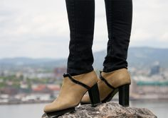 what a view. Casual Chic, Character Shoes, Dance Shoes, Ankle, Elegant, Boots, Norway, Urban, Spring