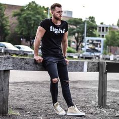 """249 Likes, 45 Comments - Nico Malito (@nicomalito15) on Instagram: """"O.o.t.d. 🤘🏻 ___________________ Tap for the brands ✌🏻️and enjoy your Sunday guys.…"""""""