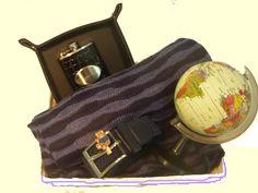 www.pasthel.com Cesta regalos hombre La vuelta al mundo en 80 días Esta cesta es para todo aquel joven a quien le gustaría viajar alrededor del mundo.  Seguro que conoces a alguno. !!!Regalaselá!!!.