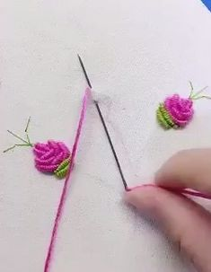 Discover thousands of images about Crochet Thread Embroidery Colorful Flower Chain Stitch – Knitdo Hand Embroidery Videos, Hand Embroidery Tutorial, Embroidery Flowers Pattern, Hand Embroidery Stitches, Crewel Embroidery, Hand Embroidery Designs, Embroidery Kits, Vintage Embroidery, Machine Embroidery