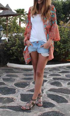 So in love with a kimono, tank, and cutoffs. Yup