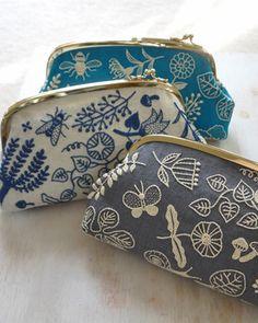 BotanicalGarden-Pouch Ymiko Higuchi (embroidering fabric, the making pouches)