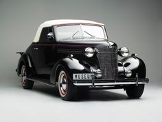 1938 Chevrolet Master Cabriolet ZA-spec (HB)