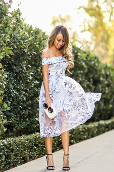 lace-and-locks-petite-fashion-blogger-floral-off-the-shoulder-dress-04.jpg 700×1,050 pixels