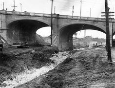 1943 view of the Macy Street viaduct over the Arroyo de las Pasas' former route. Today, the bridge carries Cesar Chavez Avenue over the Interstate 10 freeway.
