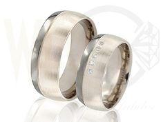 Obrączki z tytanu i białego złota z brylantami/ Wedding rings made from titanium and white gold with diamonds/ 2 780 PLN #jewellery #wedding #rings #love
