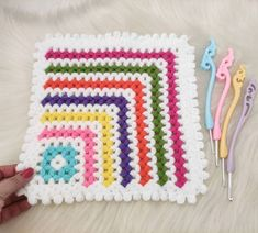 Baby Knitting Patterns, Blanket, Youtube, Painted Flowers, Blankets, Cover, Comforters, Youtubers, Youtube Movies