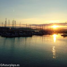 Summer sunset in Gijón, I wish I could attach to this image the breeze and the silence of the evening too. Best Sunset, Summer Sunset, Asturian, Sunsets, Breeze, Spain, River, Beach, Places