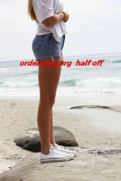 cheap converse all star shoes I want these and Tiffany blue Converse! - Click image to find more shoes posts Shorts And Converse, Outfits With Converse, White Converse, Jean Shorts, Cheap Converse, White Keds, Ripped Shorts, Cutoffs, Converse Shoes