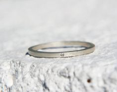 This would be the perfect engagement ring for a gal like me.  ~A