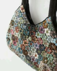 Marvelous Crochet A Shell Stitch Purse Bag Ideas. Wonderful Crochet A Shell Stitch Purse Bag Ideas. Love Crochet, Beautiful Crochet, Crochet Flowers, Knit Crochet, Irish Crochet, Crochet Shell Stitch, Crochet Motifs, Crochet Patterns, Crochet Ideas