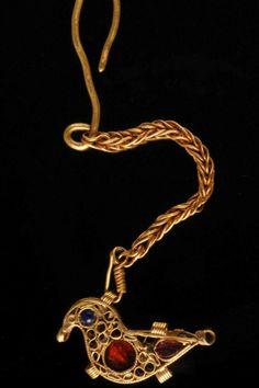 Golden bird pendant, Europe, 1000 A.D.