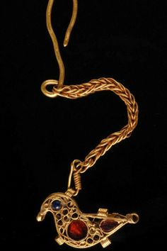 Golden bird pendant, Europe, 1000 A.D.