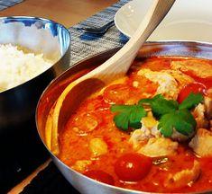 Puistolan bistro: Hedelmäinen thai-kanacurry Thai Red Curry, Ethnic Recipes, Food, Eten, Meals, Diet