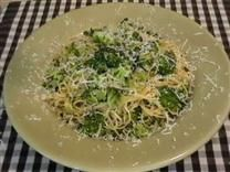 A beautiful side dish of broccoli and angel hair pasta with red pepper flakes is so delicious and so aromatic, but it doesn't take much time to pull together.