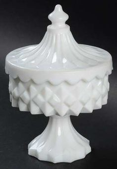 Smith GlassCarousel-Milkglass at Replacements, Ltd