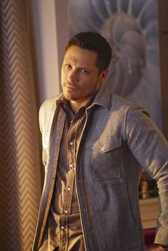 Ethan Maroni: Madisen's Oldest Brother (Nick Wechsler)