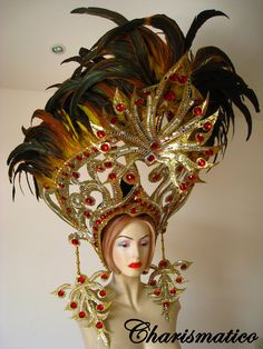 Black Cabaret Feather Showgirl Headdress And Backpack Cabaret, Feather Headdress, Gold Feathers, Showgirls, Dance Wear, Barbie, Carnival Ideas, Carnival Costumes, Rio Carnival