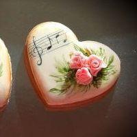 Мастер-класс по Росписи  пряников-валентинок