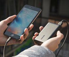 http://www.techzoneblog.com/5-gadgets-must-today/