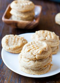 Old Fashioned Peanut butter cookie recipe. Great for the Fall.