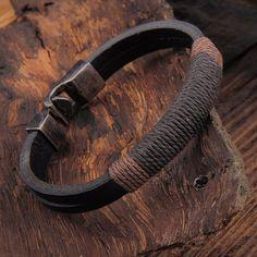 es.aliexpress.com store product Fashion-Retro-Punk-Women-Men-Hemp-Wrap-Leather-Weaving-Metal-Bracelet-Black-Brown-Bracelets-Jewelry 1701196_32761275484.html?spm=2114.04020208.3.252.cVucDe&ws_ab_test=searchweb0_0,searchweb201602_1_10065_10068_433_434_10136_10137_10138_10060_10062_10056_10055_10054_302_122_10059_10099_10103_10102_10096_10052_10053_10050_10107_10051_10106_10084_10083_10080_10082_10081_10110_10111_10112_10113_10114_10078_10079_10073_10070_10122_10123_10126_6000000_1...