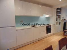 CreoGlass Gallery of Kitchen Glass Splashback Projects