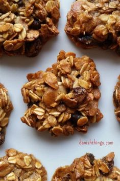 Delicious muesli cookies – a different muesli bar – Danish Things - snack Granola Cookies, Protein Cookies, Protein Cake, Healthy Cookies, Bar Cookies, Delicious Cookies, Protein Powder Recipes, High Protein Recipes, Quick Snacks