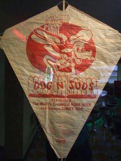Dog N Suds Kite Classic Restaurant, Vintage Restaurant, Great Memories, Childhood Memories, Coney Dog, Retro Food, Retro Recipes, Vintage Dog, Root Beer