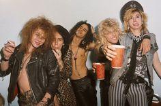 Axl Rose, Izzy Stradlin, Slash, Steven Adler e Duff McKagan