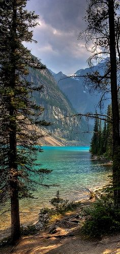 Moraine Lake (Banff National Park) ~ Alberta, Canada