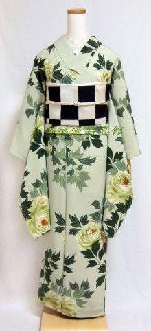 着物浪漫写真館 ♪ 自由が丘でアンティーク着物 ♪ -B-1 Sashiko Embroidery, Japanese Embroidery, Rose Embroidery, Learn Embroidery, Japanese Geisha, Japanese Kimono, Yukata Kimono, Kimono Top, Kabuki Costume