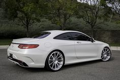 Mercedes 2015 S-Class on Flangiato-M Cool Cars Mercedes S Class Coupe, Mercedes Benz Cars, Mercedes Wheels, Mercedes Maybach, Supercars, Cl 500, Benz S550, Merc Benz, Mercedez Benz