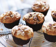 Sticky toffee, banana muffins are guaranteed to sell out for any bake sale and are a great sweet treat for lunchboxes to beat the back-to-school blues! Muffin Recipes, Cupcake Recipes, Baking Recipes, Dessert Recipes, Baking Ideas, Oreo Desserts, Bar Recipes, Yummy Recipes, Yummy Food