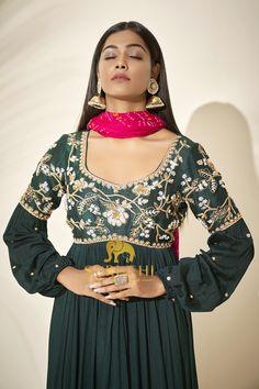 Floor Length Anarkali, Floor Length Dresses, Anarkali Dress, Lehenga, Indian Outfits, Dress Patterns, Designer Dresses, Embroidery Designs, Ethnic