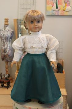 A very special Victorian style blouse and skirt for an 18 doll such as American Girl. The Gibson Girl style blouse, which closes in the back