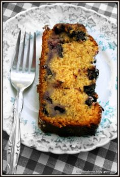 MsMarmiteLover: Recipe: Cherokee blueberry honey cake