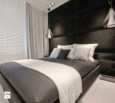 Aranżacje wnętrz - Sypialnia: Średnia sypialnia małżeńska z balkonem / tarasem, styl glamour - Fabryka Wnętrz Alina Szymańska. Przeglądaj, dodawaj i zapisuj najlepsze zdjęcia, pomysły i inspiracje designerskie. W bazie mamy już prawie milion fotografii!