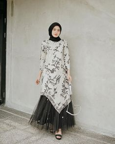 Kondangan time~ I got this attire and skirt by highly recomended🖤 Hijab Gown, Kebaya Hijab, Hijab Dress Party, Hijab Style Dress, Kebaya Dress, Dress Pesta, Dress Brukat, Batik Dress, Kaftan Batik
