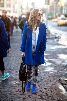 Street Style: Electric blue to stand out from the crowd
