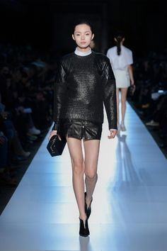 Diesel Black Gold Fall/Winter 2013/2014 von der Mercedes Benz Fashion Week in NYC - http://olschis-world.de/  #DieselBlackGold #Womenswear #Fashion