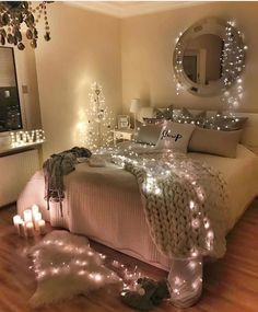 32 Best Bedroom Decor Ideas For The Most Stylish Room Imaginable - Page 2 of 3 - Stylish Bunny Dream Rooms, Dream Bedroom, Teen Room Decor, Bedroom Decor, Design Bedroom, Bedroom Lighting, Bedroom Furniture, Dressing Room Design, Cute Bedroom Ideas