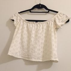 Zara trafaluc off the shoulder crop top Many wears left. Good condition. Zara Tops Crop Tops