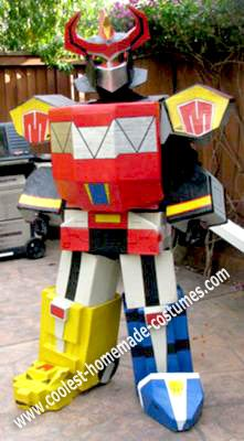 Homemade Megazord Costume: Well, this Homemade Megazord Costume started when I saw Caron Azul's version of the Megazord. The amount of detail he put into it was amazing. I just had