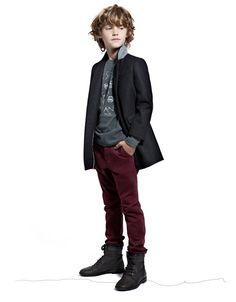 LOove his coat.KIDS STUDIO ( 2-8 jaar ) - ZARA
